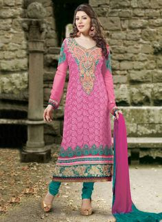 Buy online Salwar Kameez for women at Cbazaar for weddings, festivals, and parties. Explore our collection of Salwar suits with the latest designs. Indian Salwar Kameez, Salwar Kameez Online, Churidar Suits, Site Shopping, Latest Salwar Suit Designs, Ethnic, Saree, How To Wear, Collection