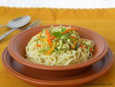 Espaguete com abobrinha e cenoura