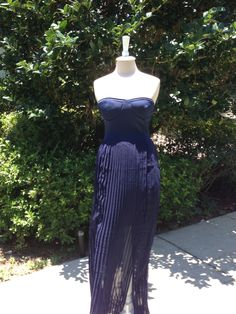 DreamsRecycled.Com LOVE this dress, perfect for summer, or attending a wedding!