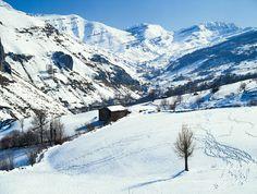 Valles Pasiegos en #Cantabria #Spain
