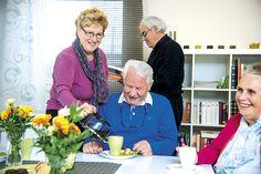 """#Seniorielämää Eloisa-kodissa: """"Yhteisöllisyys on tärkeää, ihmiset ovat sen ansiosta terveempiäkin."""" #seniorikoti #senioriasunto"""