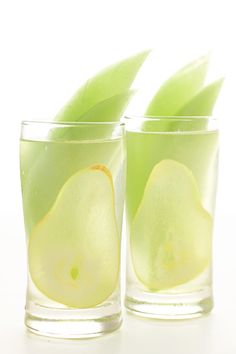 HONEYDEW AND PEAR SANGRIA Ingredients: 1 bottle of Riesling 5 oz pear brandy slices of honeydew slices of pear Instructions: Pour Riesling and pear brandy in a pitcher and chill. Add slices of honeydew and pear to glasses and pour Sangria into glasses. Party Drinks, Fun Drinks, Yummy Drinks, Alcoholic Drinks, Beverages, Colorful Drinks, Cold Drinks, Cocktail Desserts, Cocktail Drinks