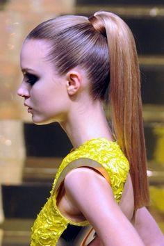 Temas de penteado em linha reta para meninas à moda  #linha #meninas #penteado #temas