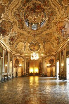 .Palazzo Biscari es un palacio privado en Catania , Sicilia , sur de Italia