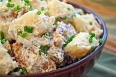 Baked Potato Salad: 8 red potatoes, peel, wash and cut into cubes 1 stick butter or margarine (room temperature) 1 cup sour cream 1 cups sharp cheddar cheese, shredded jar hormel bacon bits 2 green onions, chopped salt and pepper to taste Perfect Salad Recipe, Great Salad Recipes, Salad Recipes For Parties, Salad Dressing Recipes, Healthy Salad Recipes, Salad Dressings, Low Calorie Salad, Fancy Salads, Southern Style Potato Salad