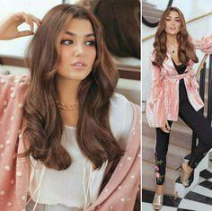 alina sarsilmaz Turkish Beauty, Turkish Fashion, Jennifer Winget Beyhadh, Hijab Fashionista, Hande Ercel, Turkish Actors, Airport Style, Beautiful Actresses, Girly Pictures