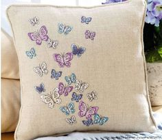 Cushion Butterfly - 1/4
