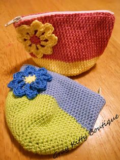 Small Zippered Crochet pouch/Change purse by GrayKittyBoutique $8.00