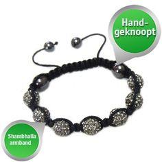 Leuke en sierlijke Shamballa armband! Van € 24,95 voor € 8,95