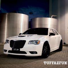 Chrysler 300 Srt8, Chrysler 300s, Fast Cars, Exotic Cars, Mopar, Luxury Cars, Cool Cars, Brainstorm, Car Stuff