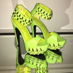 Privileged women's platform heels Lime green with gold bullet detail. Never worn/too big. Size 5.5. Shoes Heels