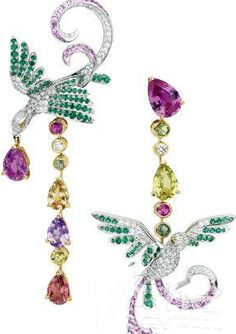 Now this is pretty with all the sapphires, emerald and diamonds! -  Van Cleef and Arpels