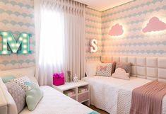 Projeto @arqbarbaradundes via @uauababy 📷 @juliaribeirofotografia Girl Room, Girls Bedroom, Living Room Decor Curtains, Turquoise Room, Shared Rooms, Room Closet, Cool Rooms, Decoration, Furniture