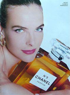 Carole Bouquet & Chanel No 5