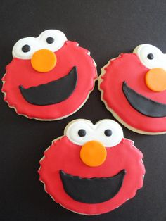 Ava would love these...cookies and Elmo...her favorites!  :)
