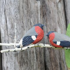 Hand carved Christmas birds on a branch - Swedish Folk art. Antique. Bullfinch. Traditional Christmas decor