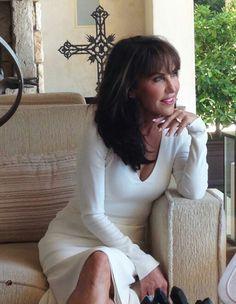 Robin McGraw; My inspiration, beautiful woman!!