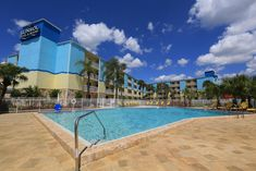 Sunsol International Drive is a 5 minutes' drive from Universal Studios. The hotel features an outdoor pool and free Wi-Fi. Disney World Resorts, Walt Disney World, Volcano Bay, International Drive, Epcot Center, Universal Studios, Magic Kingdom, Outdoor Pool, Tvs