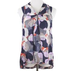 Brushstroke Patterned Sleeveless Blouse Adorable brushstroke patterned blouse. Goes with everything! Small mesh detailing on shoulder, and button closure in back of neck. Offers always welcome! 15% discount on bundles of 2+ items! Simply Vera Vera Wang Tops Tank Tops