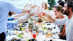 The Dos and Don'ts of Hosting a Dinner Party: Party expert Katie Sweeney shares her tried-and-true expertise for a flawless meal with friends. via @domainehome