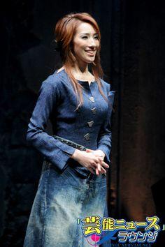 "mizu natsuki in 7 Doors as ""Judith"" Dancing, Doors, Denim, Jackets, Life, Style, Fashion, Dance, Slab Doors"