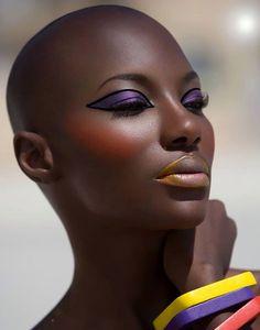 40 Beautiful Bald Women Styles to get inspired with Beauty Makeup, Hair Makeup, Hair Beauty, Eye Makeup, Makeup Emoji, Natural Hair Styles, Short Hair Styles, Natural Beauty, Bald Women