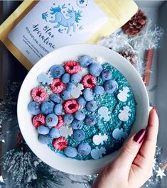 Our Blue Spirulina is running hot, get in quick! You can pre order our spirulina and it will be sent to you soon (more details on our website) @lulusdreamtown created this Blue Ocean Porridge - yum!  Shop our superfoods here: https://www.unicornsuperfoods.com/collections/all