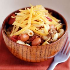 WW Cheesy Chili Mac! A hearty meal in a bowl. It's full of great stuff like lean beef, pinto beans and chili peppers. Turn leftovers into burritos.