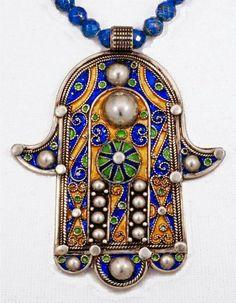 Splendid Moroccan Enamel Hamsa / Khamsa with by SilkRoadJewelry Nazar amulet Hamsa Jewelry, Tribal Jewelry, Jewelry Art, Tribal Necklace, Jewelry Ideas, Chakra Healing Music, Beaded Beads, Hamsa Art, Bijoux Art Deco