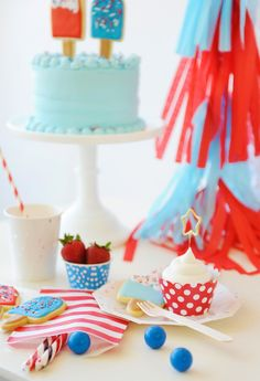 Popsicle Party themed snacks match the festive, american red white and blue theme.