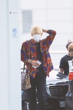 From breaking news and entertainment to sports and politics, get the full story with all the live commentary. Jimin, Kim Taehyung, Namjoon, Busan South Korea, Bts Airport, Bts Twt, Korean Singer, Jung Hoseok, Seoul