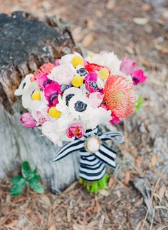 colorful bouquet with anemones | Michelle March  #indianwedding, #southasianwedding, #shaadibazaar, #weddingcolors