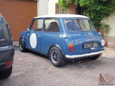 Narrow group 2 arches and tyres Mini Cooper Classic, Mini Cooper S, Classic Mini, Classic Cars, Rush Movie, James Hunt, Mini Clubman, Retro Cars, Old Cars