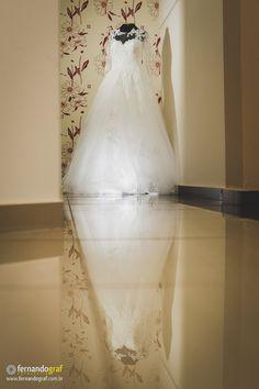 O vestido da noiva Fernando Graf Fotografia www.fernandograf.com.br