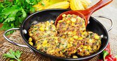 Gyllene majsbiffar – snabb vegetarisk vardagsfavorit!   Land.se Tzatziki, Paella, Fried Rice, Fries, Vegetarian Recipes, Land, Ethnic Recipes, Smal, Nasi Goreng