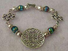 Silver Celtic Knot Link Bracelet Jewelry Handmade Accessories Fashion http://cgi.ebay.com/ws/eBayISAPI.dll?ViewItem&item=151201222642