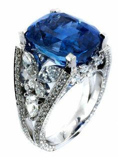Sterling Silver 2.25 ct TGW créé ruby /& blanc Sapphire collier cœur