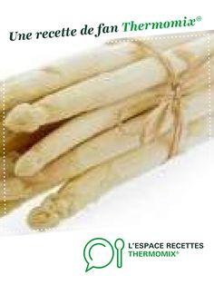 Velouté d'asperges et asperges vapeurs en 1 cuisson par squaty. Une recette de fan à retrouver dans la catégorie Entrées sur www.espace-recettes.fr, de Thermomix®.