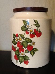Hey, I found this really awesome Etsy listing at https://www.etsy.com/listing/116745265/hyalyn-pottery-vintage-cookie-jar-with