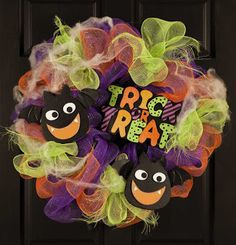 Fast and Quick Halloween Crafts | Everyday Life at Leisure: A New Craft Pattern Book—Deco Mesh Wreaths