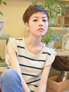 Japanese Short Hair, Salons, Short Hair Styles, Hair Cuts, Bob, Hair Beauty, Women, Bob Styles, Haircut Designs
