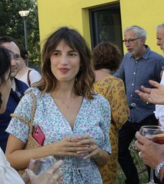 French Women Style, French Girls, Paris Summer, Jeanne Damas, Long Hair With Bangs, Hairstyles With Bangs, Summer Looks, Pretty Outfits, Girl Fashion
