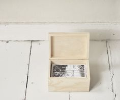 """wooden photo box for 4""""x6"""" (10x15cm) photos, unfinished wood, natural wood, unpainted, wooden keepsake, unpainted wood"""