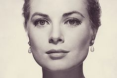 Grace Kelly (Philadelphia, November 12, 1929 – Monaco, September 14, 1982)