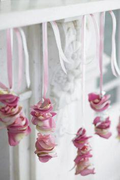 How To Make Good Use Of Those Leftover Rose Petals - Bulk Herb Store Blog
