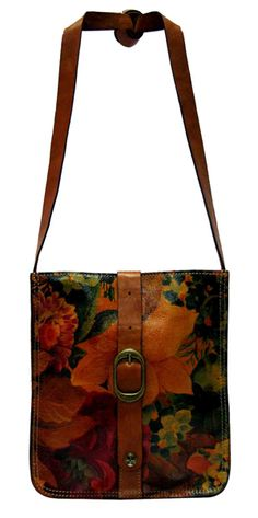 Love this Bag <3 VENEZIA POUCH in SOLID VEG TAN and MULTI