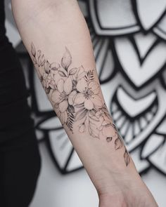 Love the delicate lines of this. Floral Arm Tattoo, Forearm Flower Tattoo, Floral Tattoo Design, Flower Tattoo Designs, Flower Tattoos, Vine Tattoos, Wrist Tattoos, Body Art Tattoos, Tattos