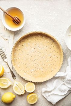 Lemon tart / Bea's cookbook. Food photography and styling.
