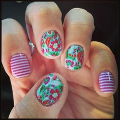 This IGer paired Siesta with orchid skinny Jamberry nail wraps! I really like this mix as well!