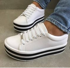 "ccaa6a28c6b Izɑ Shoes 💋 on Instagram  ""Tênis flatform branco"